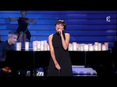 """Nolwenn Leroy chante Dis quand reviendras-tu?"""" de Barbara dans Simplement pour un soir sur France 2"""