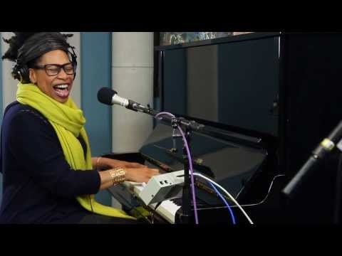 Rachelle Ferrell 'I Can Explain' | Live Studio Session