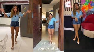 Anitta mostra sua nova rotina (em casa) para a Vogue Brasil
