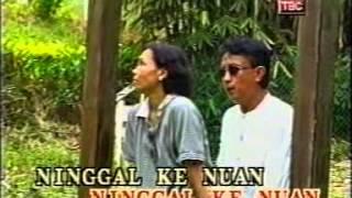 Johnny Aman&Josephine Jalin-Pegi Setaun Aja