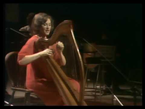 """Mary O'Hara sings """"Má Phósann Tú ..."""" a traditional song in Gaelic with harp accompaniment"""