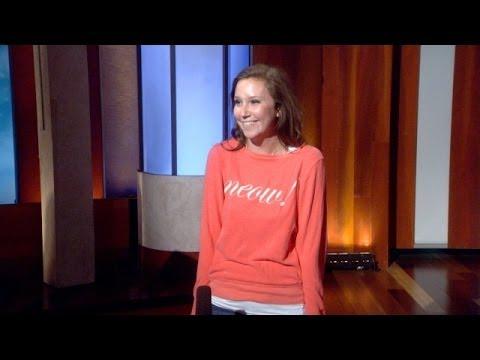 Jacqueline Tells Ellen About Coachella