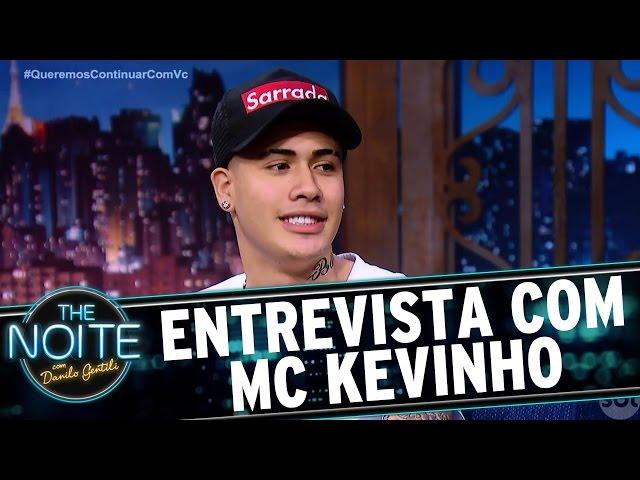 Entrevista com MC Kevinho | The Noite (31/03/17)
