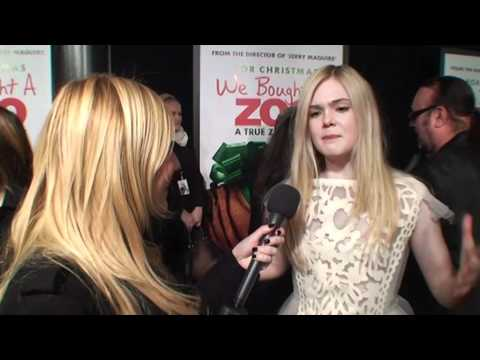 We Bought A Zoo Red Carpet - Colin Ford Thinks Scarlett Johansson Is Hot
