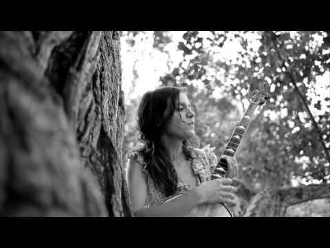 Kristín Anna Valtýsdóttir and the Ginkgo Biloba