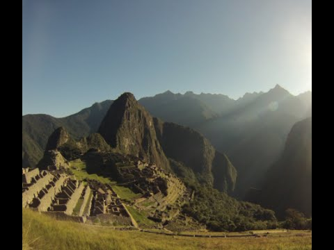 Machu Picchu - BEST Highlights of hiking in Peru - Wonder of the World