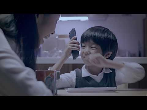 "PCA Life Taiwan brand advertising 2017 ""Alien Mom with Dad"" with English subtitles"
