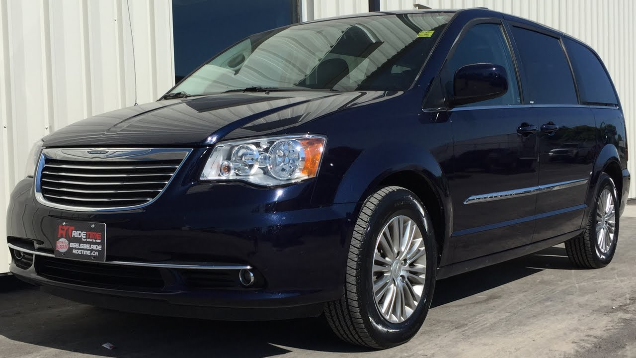 2013 chrysler town country touring l leather alloy wheels rear a c w heater