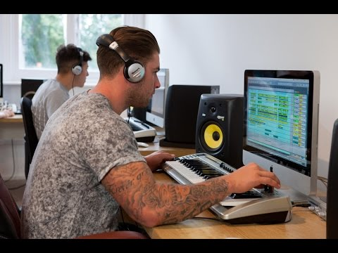 Music Production Courses at SubBass London Electronic Music and DJ School