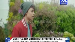 Video Tiba Di Indonesia, Harris J Disambut Penggemarnya [Sindo Siang] [27 Nov 2015] download MP3, 3GP, MP4, WEBM, AVI, FLV Desember 2017