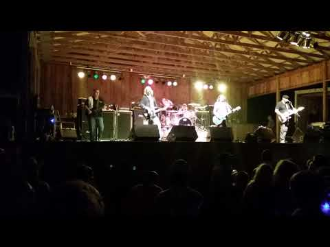 Mike Kuhn Jams with Foghat Fool For The City