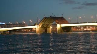 Разведение моста Александра Невского - 5 июля 2017