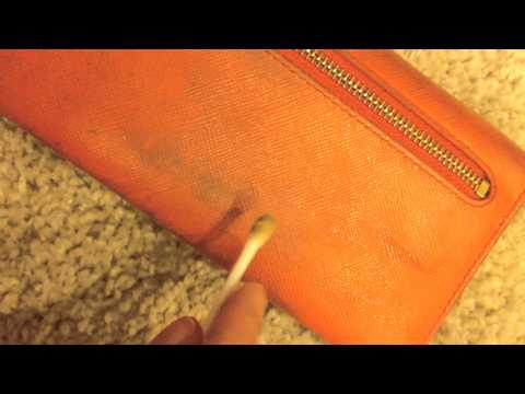 DIY ♥ Cleaning my Prada Leather Wallet