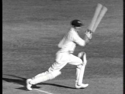 PAUL KELLY - Bradman