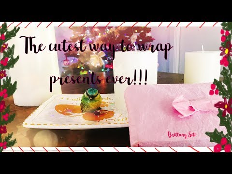Wrapping Presents- PLUS DIY Paper Bow!