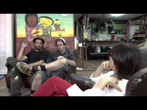 Poli entrevista os Gêmeos - 07/07/2013