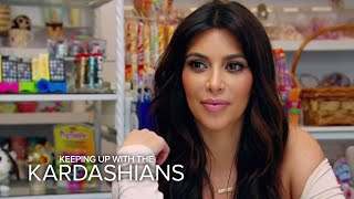 KUWTK | Kim Kardashian Gets Vocal With Paparazzo | E!