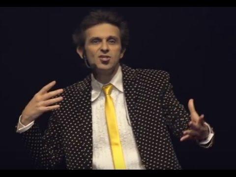 O olhar do SIM - Lições do palhaço e do improviso   Márcio Ballas   TEDxFortaleza