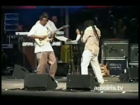 MAXI PRIEST JUST LITTLE BIT LONGER LIVE@ROTOTOMSUNSPLASH 2007 ITA