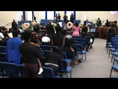 funeral-service-for-natalia-richards