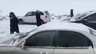 Смотреть видео 26.01.2019. Массовая авария на трассе М2 Тула - Москва онлайн