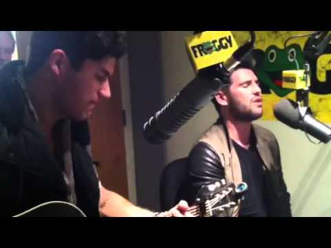 Download Dan + Shay sing Stop Drop and Roll at Froggy