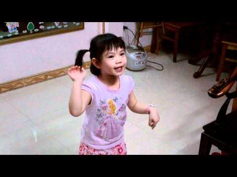 Trèo cây nhanh thoăn thoắt-Khánh Linh