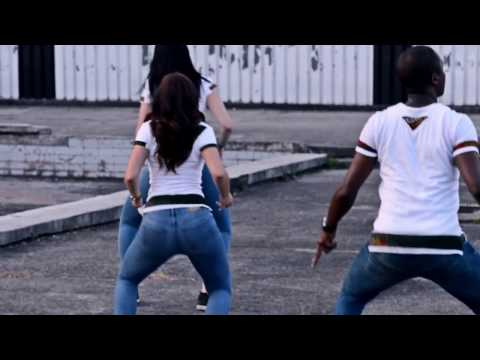 Coller La Petite - Dance Video