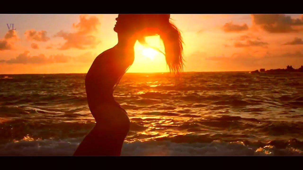 Ролики девушки на море, эротика частное онлайн