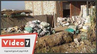 أطفال قرية بناويط بسوهاج يهربون من التعليم ويعملون فى جمع الخردة