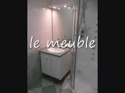 une toute petite salle de bains youtube. Black Bedroom Furniture Sets. Home Design Ideas