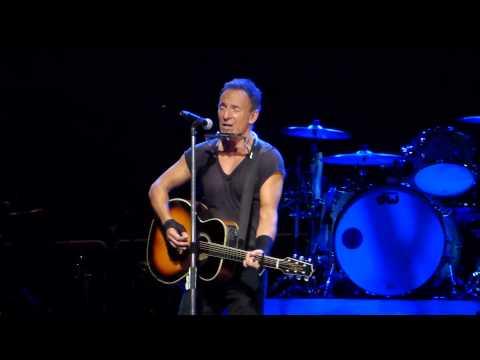Bruce Springsteen - Thunder Road (acoustic) - Brisbane 26 February 2014