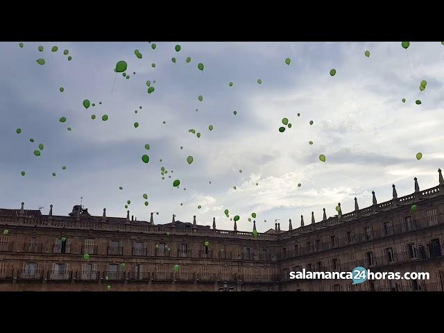 Suelta de globos por el Día Mundial del Alzheimer