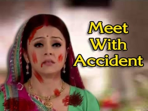 Gopi MEETS with an ACCIDENT & NEW TWIST in Saath Nibhana Saathiya 9th July 2012