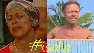 Rachida e figlia vergognatevi! Rocco Siffredi a Playa Desnuda già studiato? Isola dei famosi