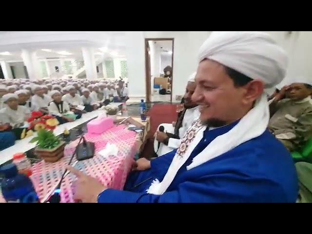 Head of Daarul Mughni Al Maliki College in Bogor Indonesia with Dr. Sheikh Salim Alwan