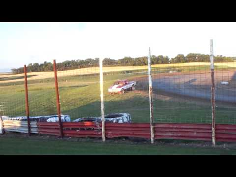 100_3297 2015-07-25 Devils Lake Speedway Truck Feature cont