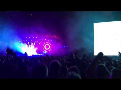 Igen og igen - Nephew live at Roskilde Festival
