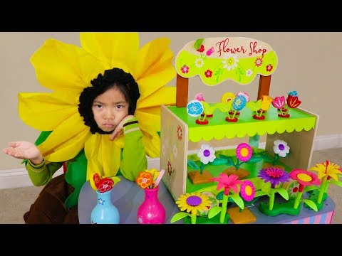 Emma Pretend Play w/ Cute Wooden Colorful Flower Shop Girl Kids Toys Playset