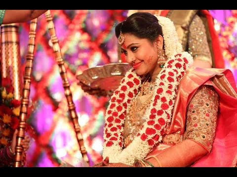 Sneha S Baby Shower Seemantham Function Performed As Per Hindu
