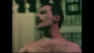 Queen - Love Of My Life - A Night At The Opera - 1975
