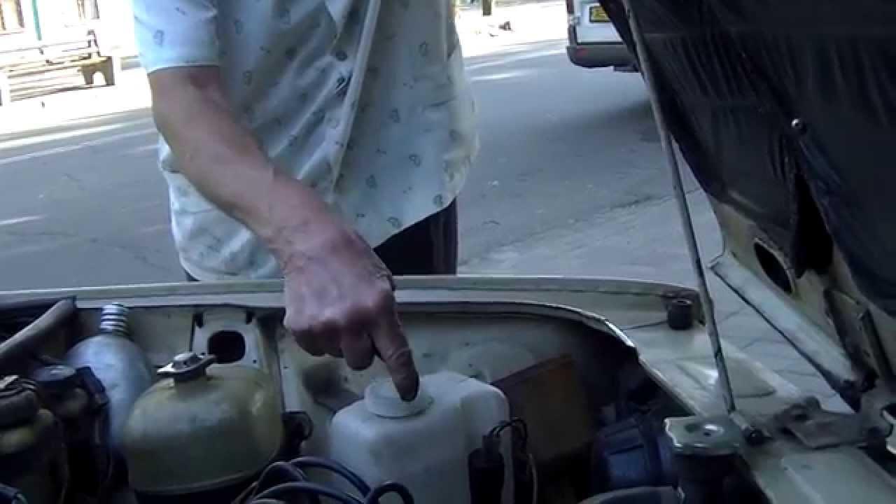 Октан-корректор. Октановое число бензина указывает, как сильно можно сжимать топливно-воздушную смесь в цилиндре двигателя. Например, бензин а-76. Одновибратор формирует импульс длительностью около 1 мс, в течение которого тиристор принудительно удерживается в открытом состоянии.