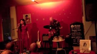 Sofia Härdig,John Essing_streets_Live in Kiel 141112.mov