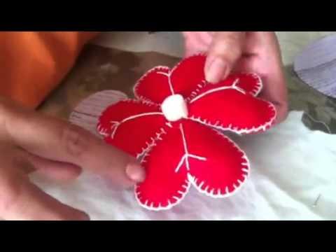 Decoraciones de navidad echos con fieltro youtube - Como hacer decoraciones navidenas ...