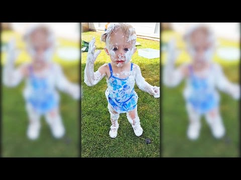 Chloe Discovers Shaving Cream Funny Babies by Kinder Playtime