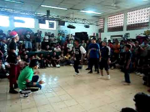 Hijos de la calle / floor born vs  only crew( Aniversario UPA)