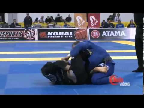 Rafael Mendes vs Augusto Tanquinho | Worlds 2011 | Art of Jiu Jitsu Academy | (949) 645 1679