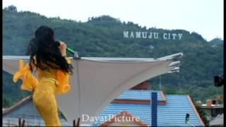 Zaskia Gotix Perfom Mamuju City (SULBAR)