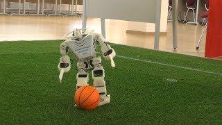Битва роботов на футбольном поле: Рома казанский против корейского ROBOTIS-OP3