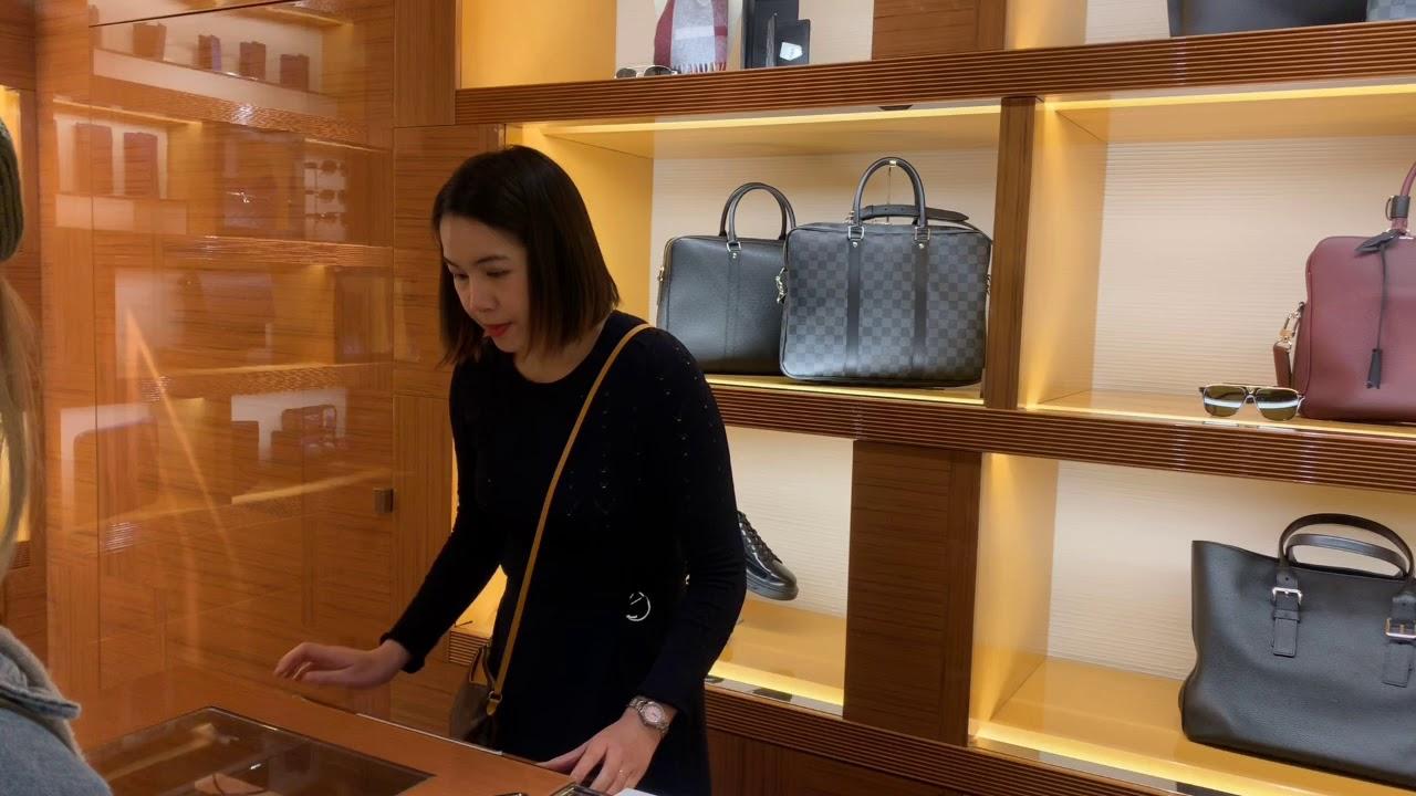 [Pháp] Lần Đầu Đi Mua Đồ Hiệu Trong Cửa Hàng Louis Vuitton | Khái quát các thông tin về thời trang nam hàng hiệu tại hà nội đúng nhất